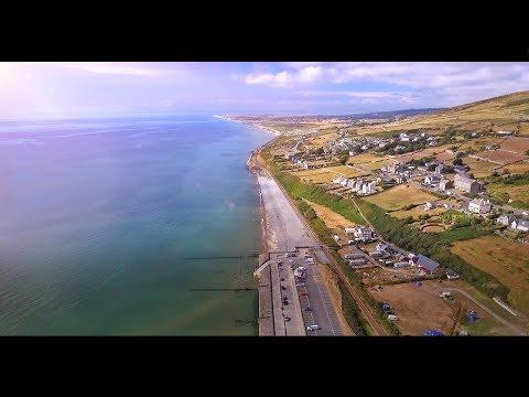 UK Drone Footage Barmouth Beach Train Sun Sea & Sand / BEAUTIFUL Drone Video