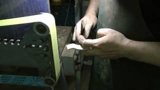 Knifemaker Workshop Tip #31 - No more burning your fingers while grinding.