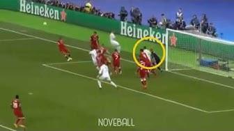 Ramos vs Karius:Elbow