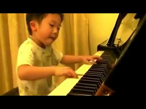 GIFTED 4 Year Old Boy Plays Piano like a PRO