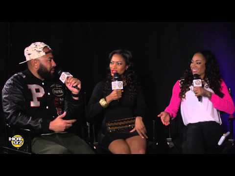 Stevie J Calls Mimi and checks her in the middle of her interview!
