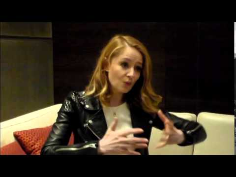 Miranda Otto Interview - Reaching for the Moon - YouTube