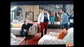 James Maslow en un Papa en Apuros Español Part-1
