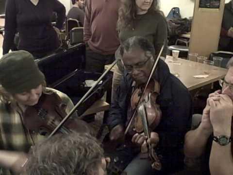 Earl White, Erynn Marshall, Mark Olitsky at the Portland Old time Gathering