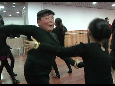 Latin Dancing Boy Becomes Internet Sensation