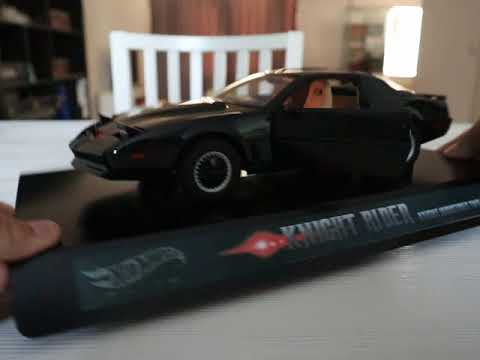 Hot Wheels Super Elite Knight Rider KITT with Voicebox and Lights