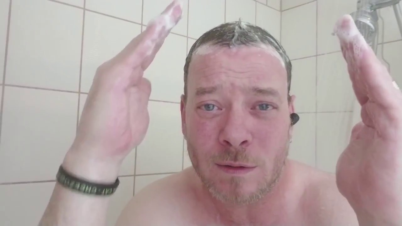 Landay Waterproof Bluetooth Earbud Review Warning Graphic Shower Scene Lol Youtube