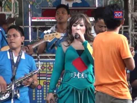Mega Putih| Nada Ayu (Nunung Alvi) | ShowJuntinyuat