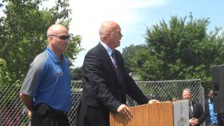 Cal Ripken Speaks to Audience