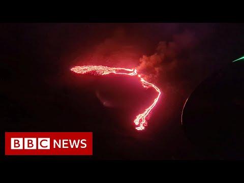 Icelandic volcano erupts near Reykjavik - BBC News
