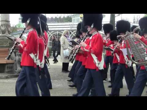 Marching through Tivoli Gardens with the Fife & Drums Tivoli Youth Guard 3/