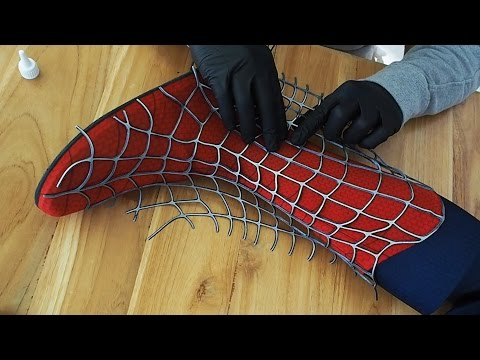 Making the SPIDERMAN Boot  Gluing of Webs