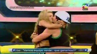 COMBATE: Las Clases de Besos de Vania, Alejandra y Diana 03/04/13