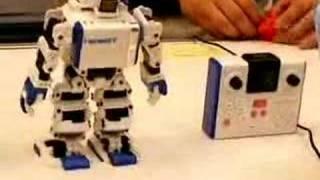 Omnibot17μ i-SOBOT (1)
