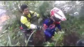 Download Video Detik detik banjir bandang saat adventur trail MJAT Banyuwangi MP3 3GP MP4