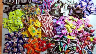 AYCE Halloween Candy Challenge (100+ pieces of Candy)
