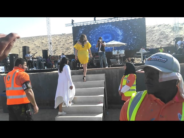 Kanika Kapoor songs... Holi Dubai..
