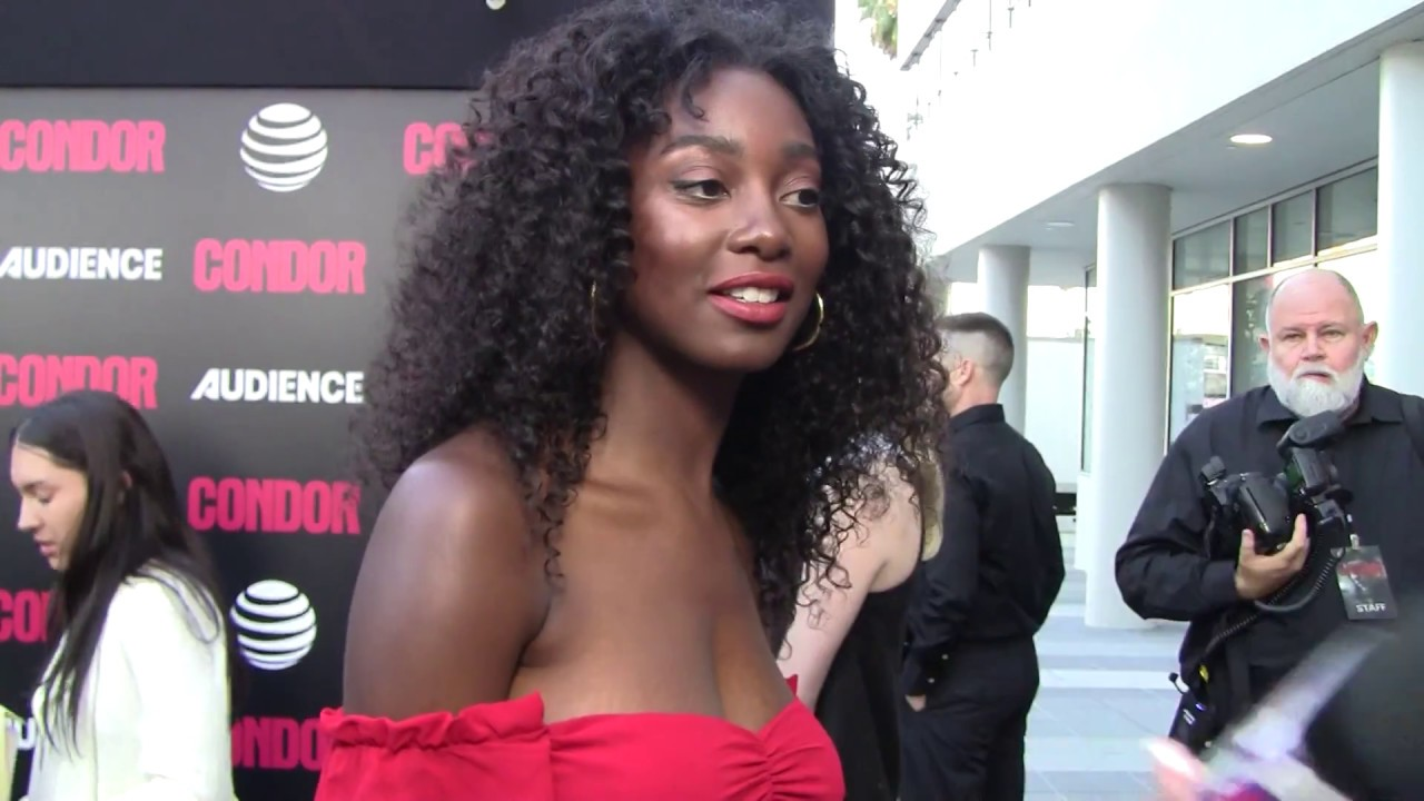 Video Mouna Traore nude (39 photos), Cleavage