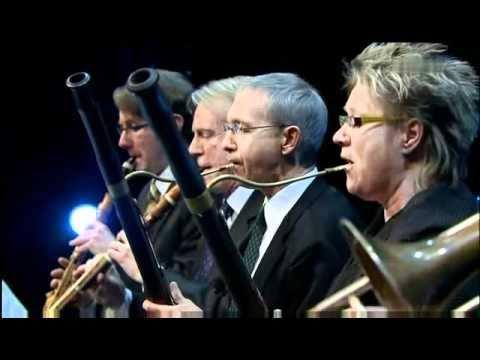 Dang Thai Son & Orchestra of the 18th Century - Piano Concerto No 2  F minor Op. 21 1. Maestoso 2010