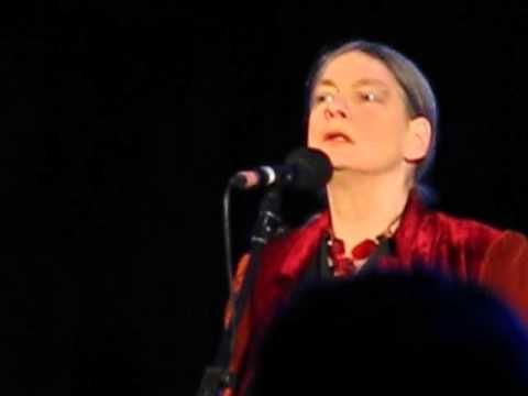 June Tabor - Dónal Óg - Gloucester Cathedral 19.2.13  4/