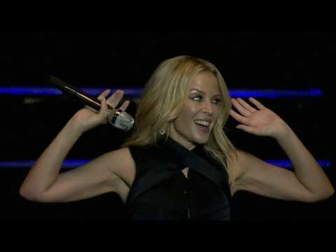 Kylie Minogue - Can't Get You Out Of My Head (Live Singapore - F1 GP 2016)