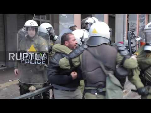 Greece: Clashes erupt as farmers protest tax hikes in Athens