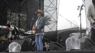 Dwight Yoakam - Ring of Fire (FPSF Houston 05.31.14) [Merle Kilgore cover] HD