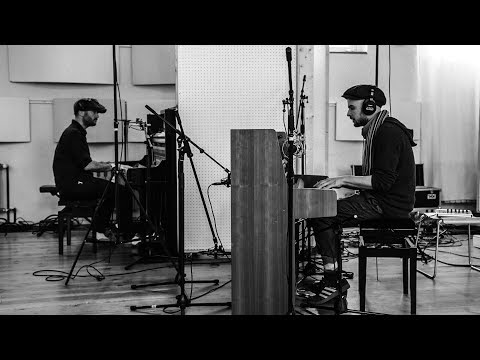 Arthur Jeffes & Nils Frahm - Up Is Good (1+1=X)