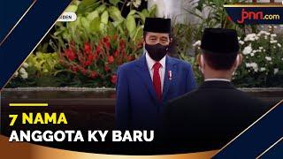 7 Komisioner KY Ucap Sumpah di Depan Jokowi - JPNN.com