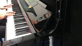 動画は譜面を見ずに、即興で演奏してます。 自由にピアノを弾いてみたい...