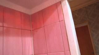 ремонт в ванной комнате(когда то была плитка стеклянная,раньше этой плиткой обкладывали коровники.в некоторых местах из за нехватк..., 2013-04-28T16:05:43.000Z)