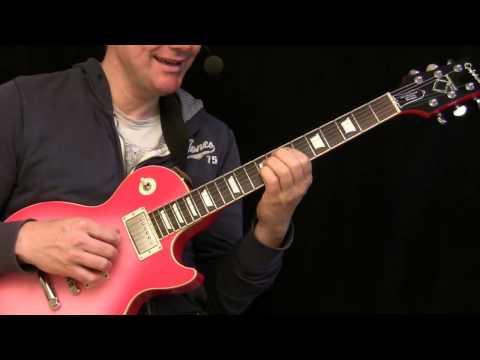 Finger Picking Mark Knopfler Style - Guitar Lesson