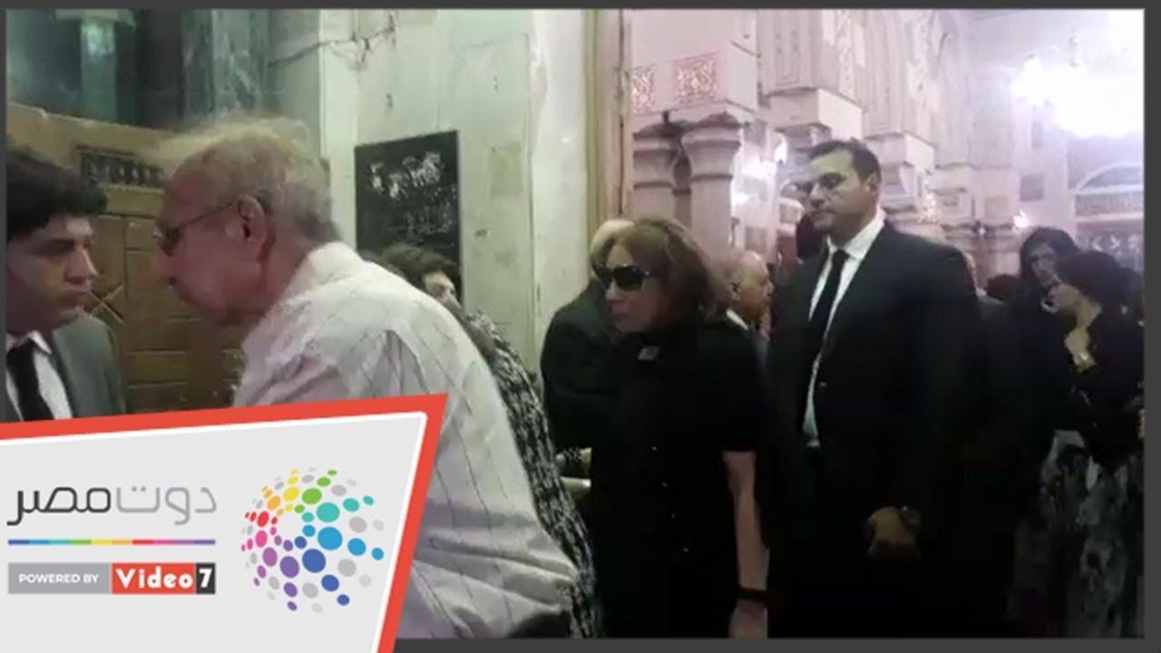 اليوم السابع :حضور كبير لنجوم الفن بعزاء يوسف شريف رزق الله .. لبنى عبد العزيز أبرزهم