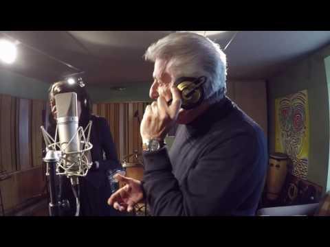 Michele Maisano canta