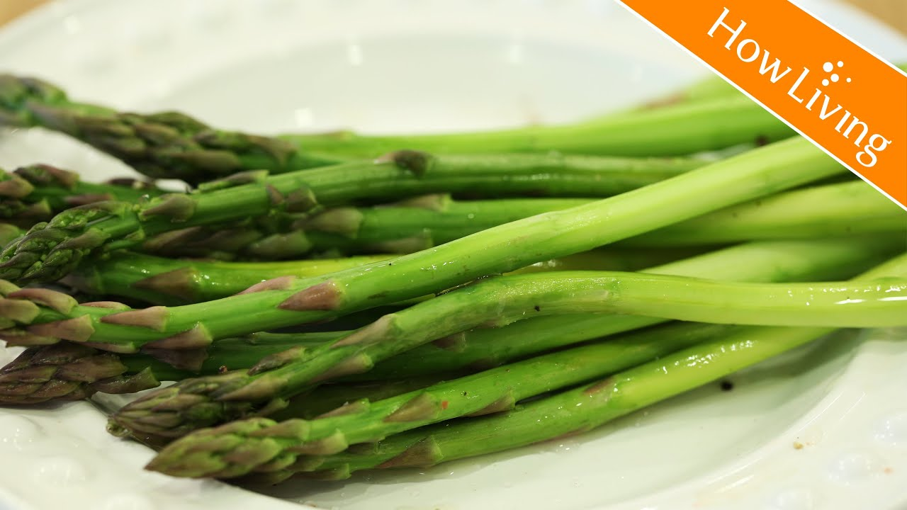 【料理訣竅】快速削蘆筍皮小技巧 保證不斷 How To Peel Asparagus│HowLiving美味生活 - YouTube