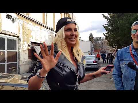 Jelena Karleusa o koktelu KARLEUSINA GUZA! O pljacki kuce Sase Popovica i Darinom koncertu!
