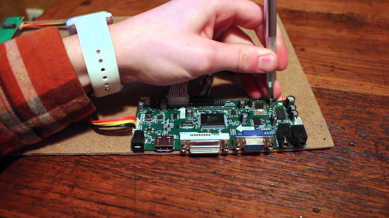 How To Reuse The Lcd Screen In Your Old Laptop Youtube Recycled Circuit Board Small Notebook