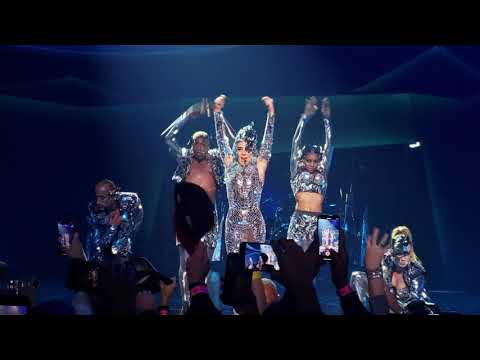 Lady Gaga 4k Enigma concert. Poker Face!