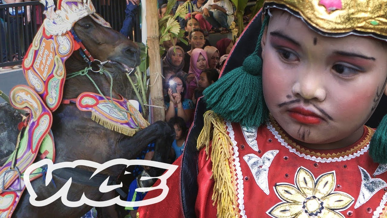Inside A Wild Indonesian Circumcision Party Boogie Horse