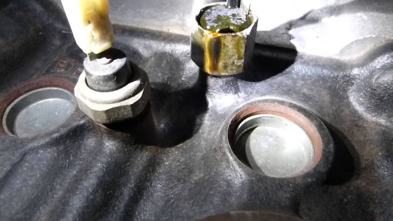 small resolution of oil pressure and knock sensor location and operation