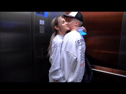 Милые моменты Евы Миллер и Gary