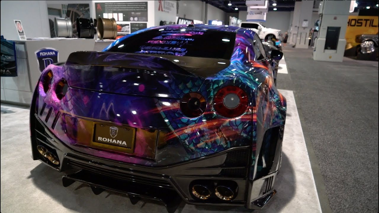 Crazy Widebody Wrapped GTR at SEMA! - YouTube