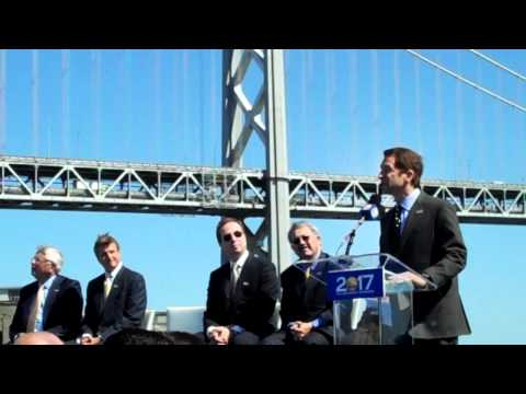 Peter Guber promises Warriors will play at Piers 30-32 in 2017