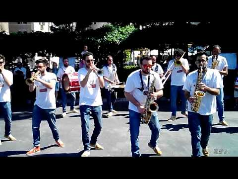 P Funky Band - Rhythm and Blues & Funk Music Brass Group