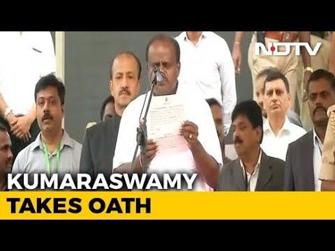 HD Kumaraswamy Takes Oath As Karnataka Chief Minister Amid Massive Show Of Opposition Unity