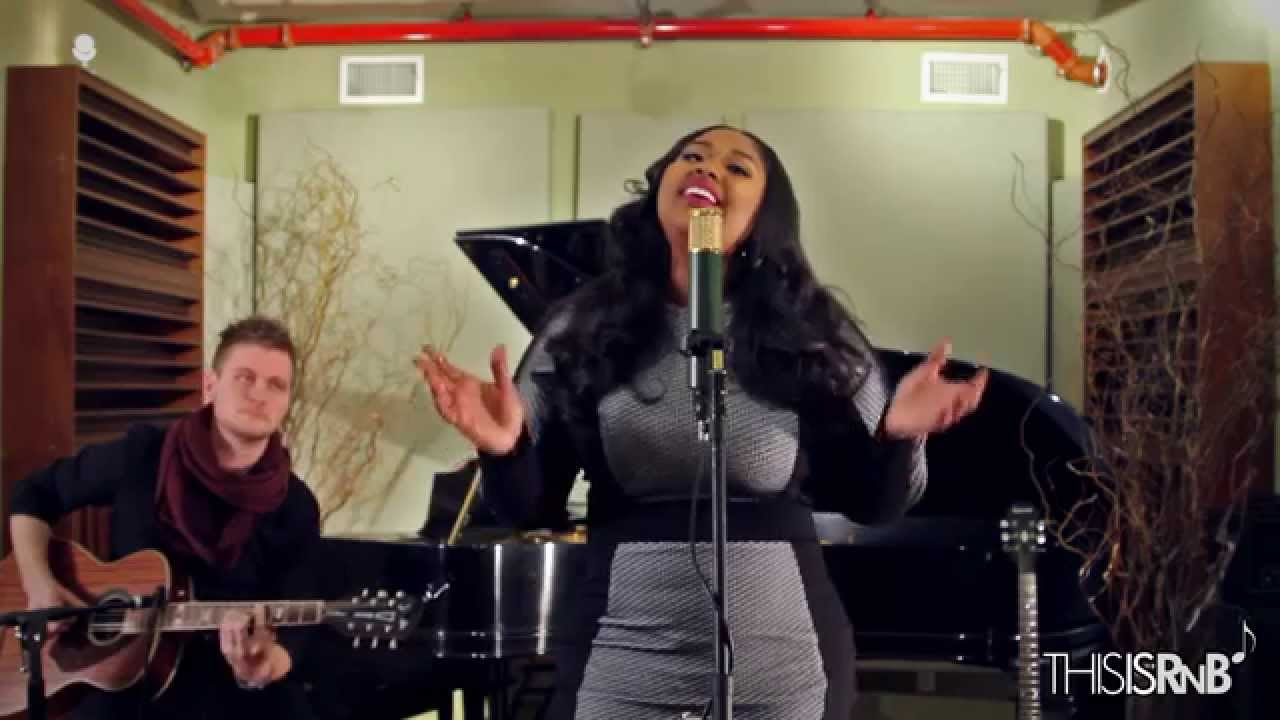 "Jazmine Sullivan Performs ""Masterpiece (Mona Lisa)"" Acoustic on ThisisRnB Sessions"