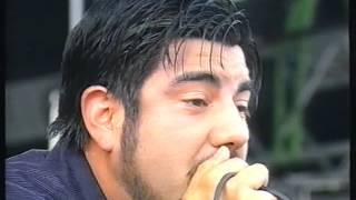 Gambar cover Deftones - Live at Bizarre Festival 2000 [FULL SHOW]
