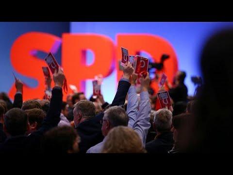 SPD aprova, em congresso, negociações formais para coligação com CDU de Angela Merkel