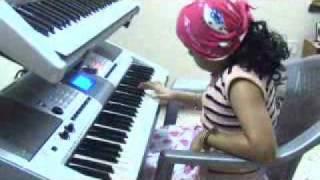 nanha munna rahi hoon keyboard piano Niranjanaa (Raima)