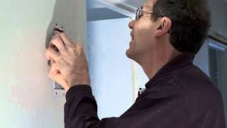 The Shed Online - How to repair holes in plaster walls